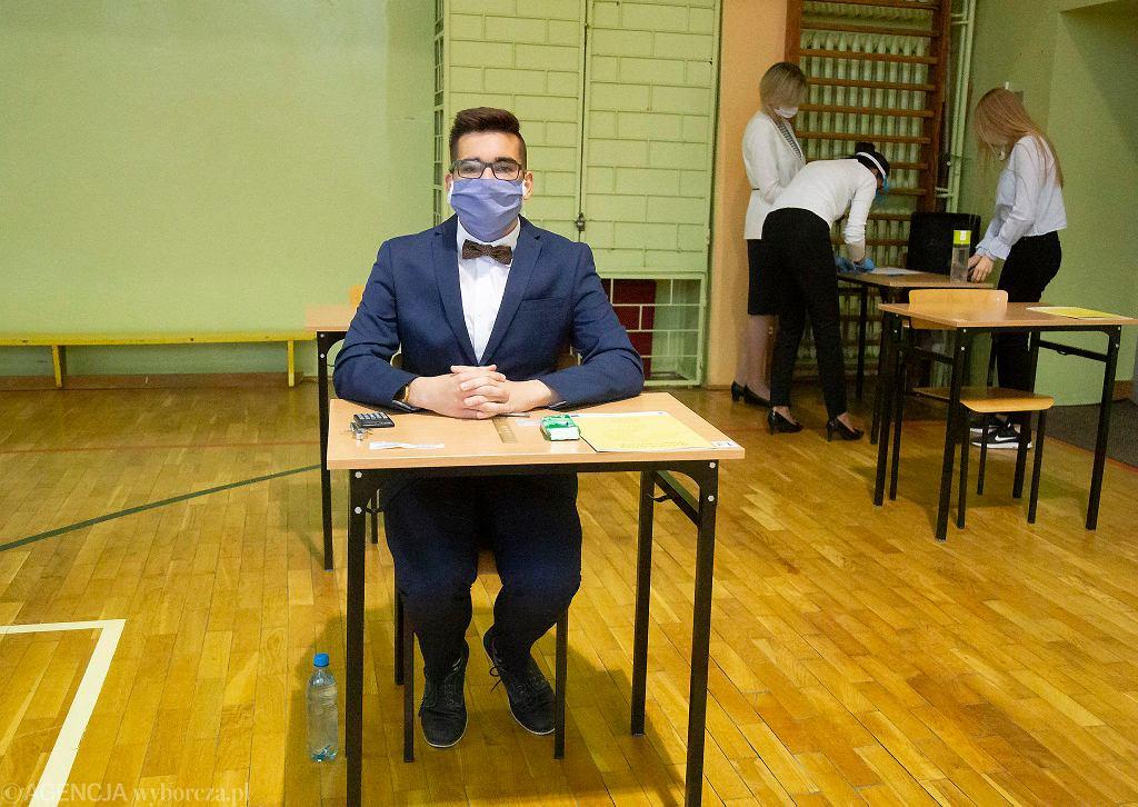 Koronawirus w Polsce. Matura z matematyki w IV LO w Białymstoku