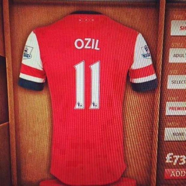 Mesut Ozil piłkarzem Arenalu Londyn!