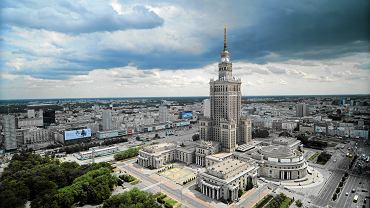 Pałac Kultury i Nauki. W jego wnętrzach odbywają się m. in. sesje Rady Miasta Stołecznego Warszawy