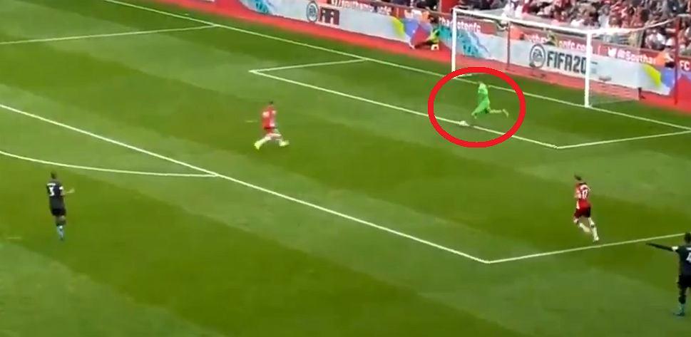 Katastrofalny błąd Adriana w meczu Southampton - Liverpool