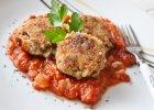 Kotlety gryczane z sosem pomidorowym - Zdjęcia