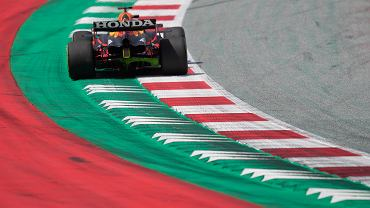 Max Verstappen na treningu przed GP w Styrii.