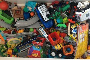 """""""Mamo, co ja mam z tym wszystkim zrobić?"""" O tym, dlaczego wyrzuciliśmy z pokoju dzieci prawie wszystkie zabawki"""