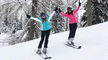 Nauka jazdy na nartach daje dużo satysfakcji i pozwala spalić masę kalorii.
