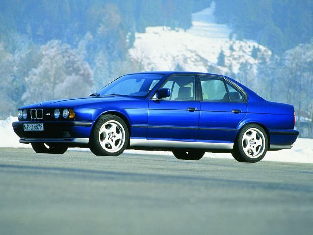 BMW M5 E 34 facelifting