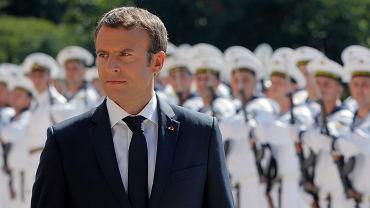 Prezydent Francji Emmanuel Macron w Warnie
