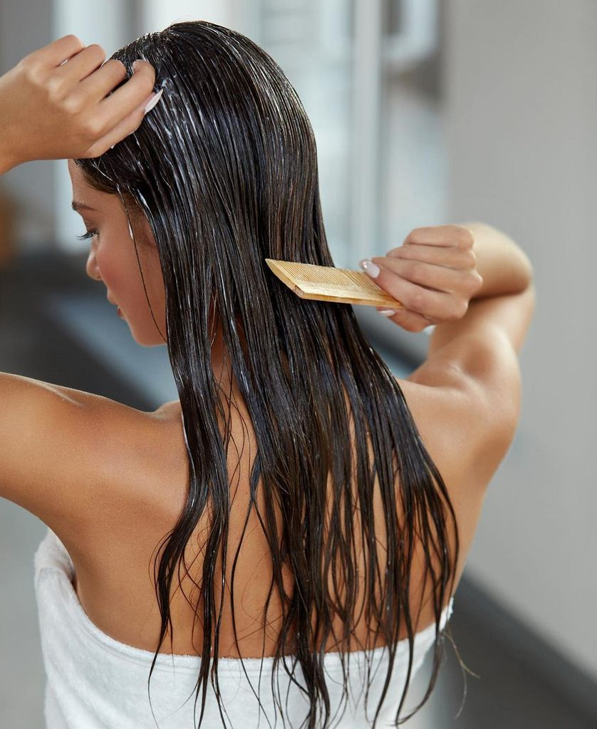Zabieg regenerujący włosy