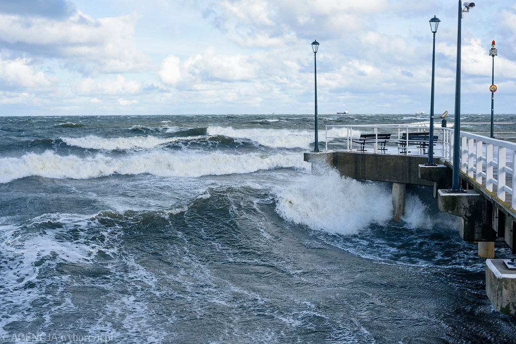 IMGW ostrzega: Nad morzem wieje dziś silny wiatr (zdjęcie ilustracyjne)