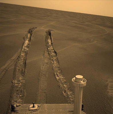 'Czyściec', czyli mała wydma mierząca około 30 centymetrów, w której na pięć tygodni utknął Opportunity