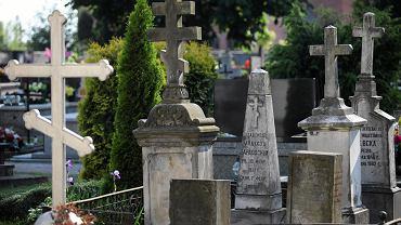 Najważniejszym elementem nagrobków na cmentarzach prawosławnych są krzyże.