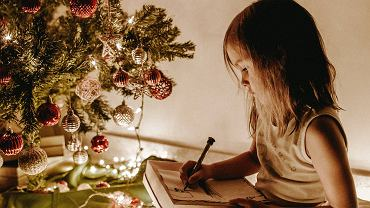 Kolędy - najpiękniejsze tradycyjne kolędy na Boże Narodzenie.