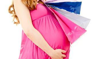 kobieta w ciąży zakupy