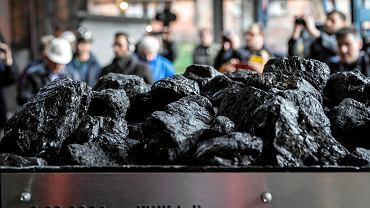 Z kopalni Piekary wydobyto w piątek ostatnią tonę węgla