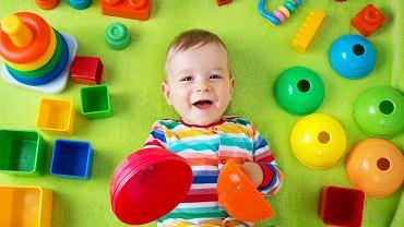 Zabawki wspierają rozwój dziecka, warto je mądrze wybierać.
