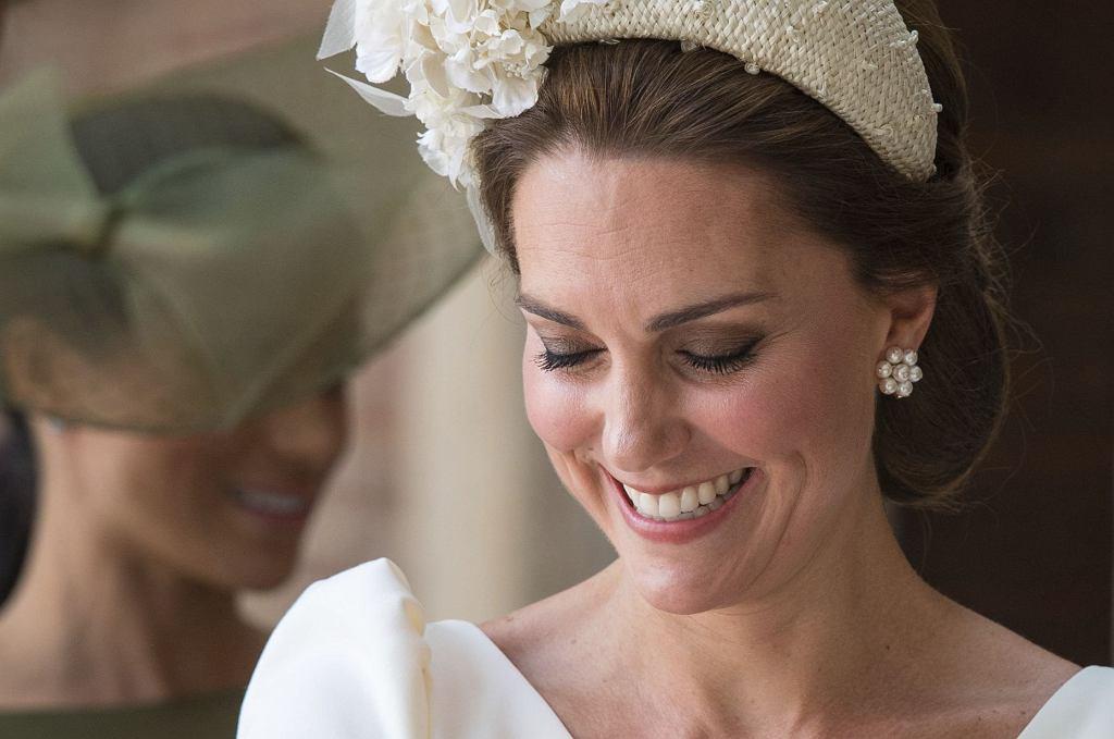 Księżna Kate na chrzcie księcia Louisa