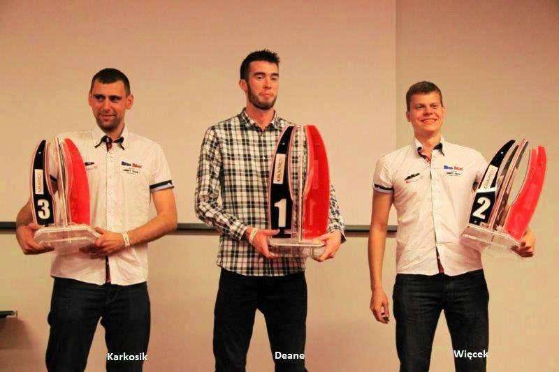 Najlepsi w Drift Allstars 2014. Od lewej stoją: Dawid Karkosik, James Deane i Piotr Więcek