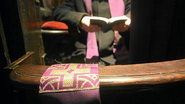 Ksiądz (zdjęcie ilustracyjne)