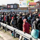 Dramatyczna sytuacja na granicy z Ukrainą. 3,5 tys. osób czeka na odprawę. Czas oczekiwania: nawet 15 godzin
