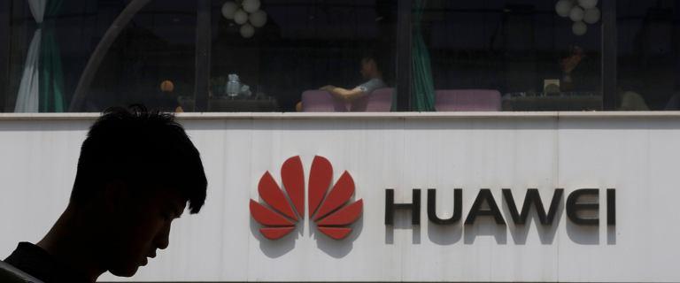 Google mo�e pogr��y� Huawei. Chi�ski gigant odci�ty od aktualizacji