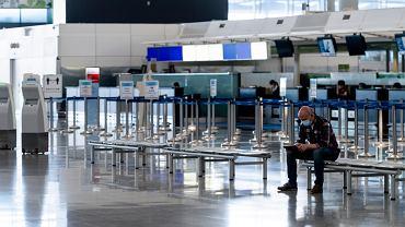 Turystyka na kolanach. Straciła blisko 4,5 biliona dolarów