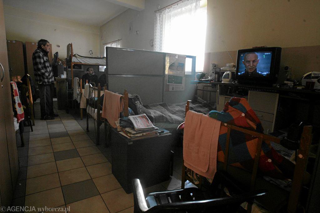 Koronawirus w warszawskim schronisku dla osób bezdomnych przy ul. Żytniej. (zdjęcie ilustracyjne)