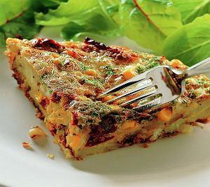 Tortilla z kukurydzą i pomidorami suszonymi na słońcu