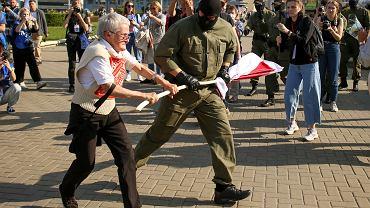 26.09.2020 r., Białoruś, Mińsk. Moment zatrzymania Niny Bagińskiej.