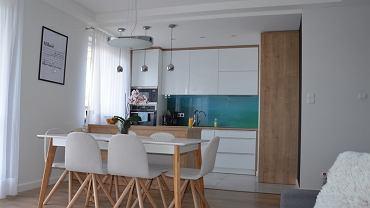 Stół do kuchni w stylu skandynawskim