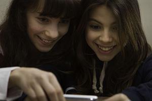 Grooming i sexting, czyli seksproblemy, o których dorośli nie mają pojęcia [WYWIAD]