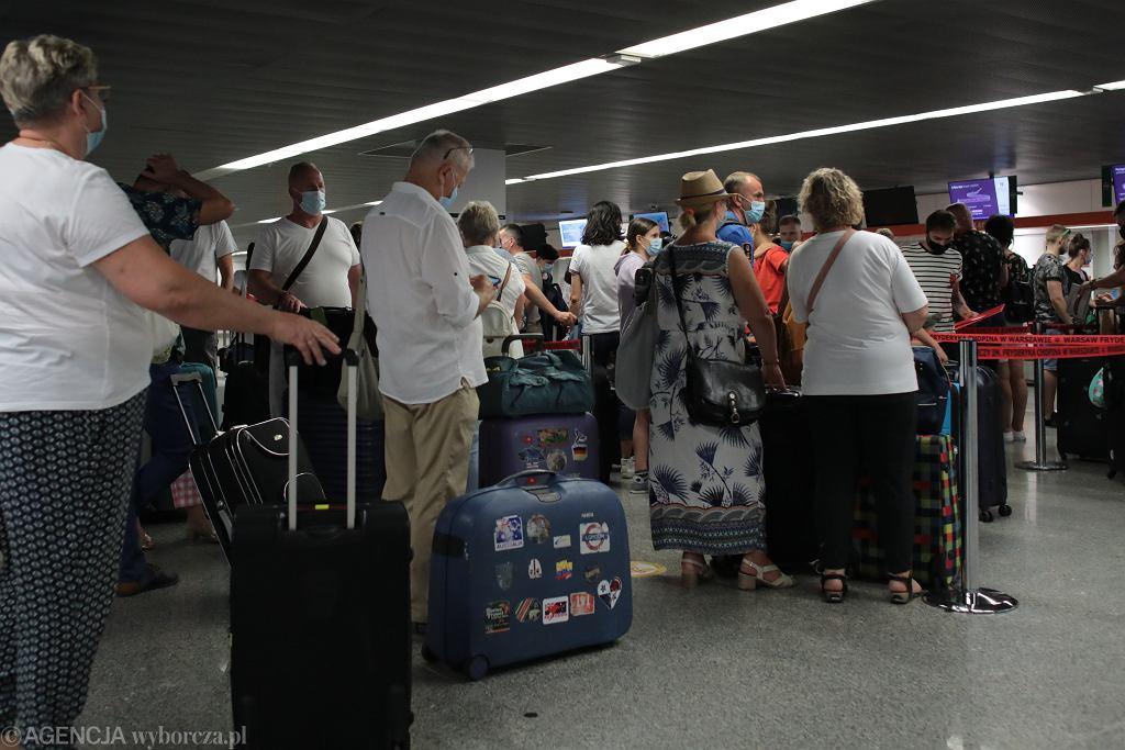 UE usuwa sześć krajów, w tym USA, z listy 'bezpiecznych podróży'