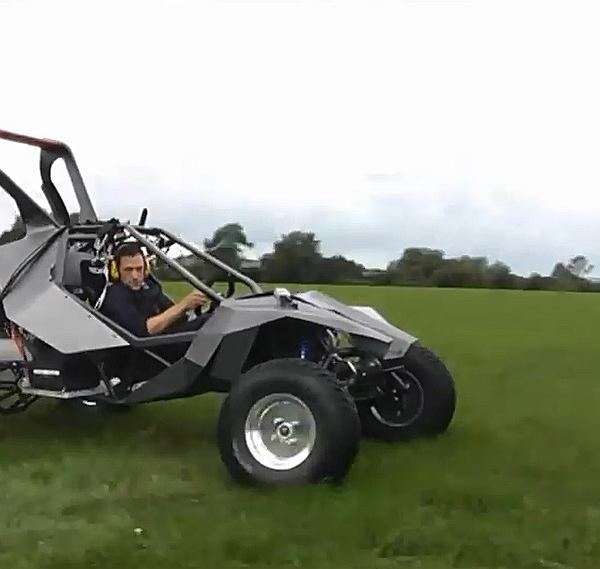 SkyRunner - Prototype 02. Na lądzie śmigło daje niezłego kopa. W powietrzu