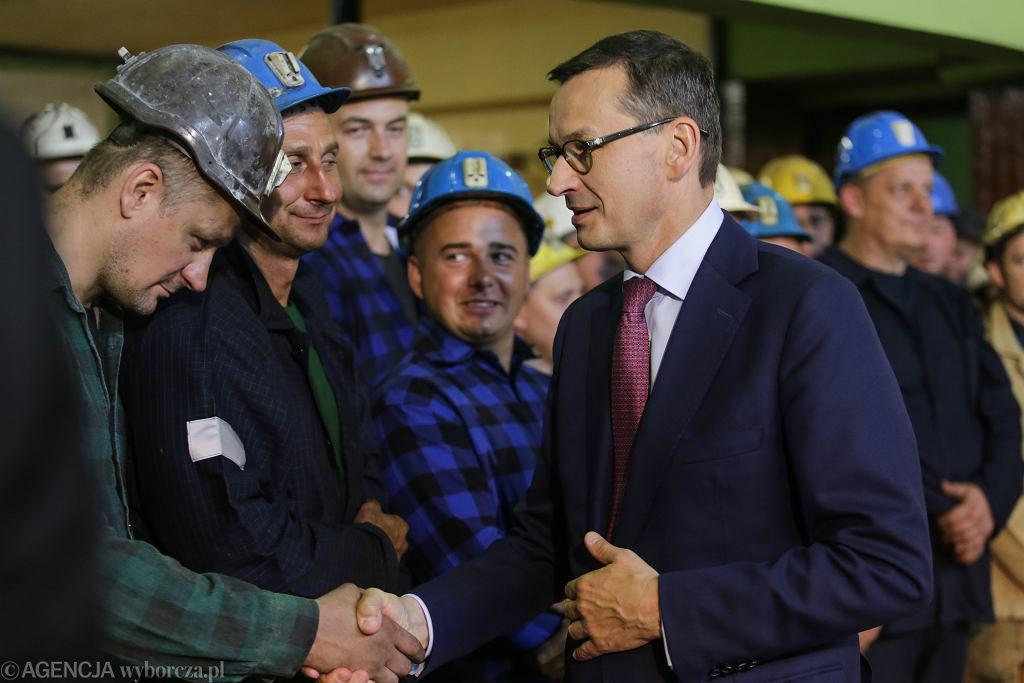 Premier Mateusz Morawiecki podczas wizyty w Kopalni Węgla Kamiennego Ruch Ruda Bielszowice, Ruda Śląska 19.09.2018 (zdjęcie ilustracyjne)