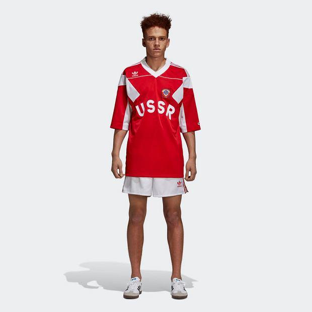 Ubrania z sierpem i młotem oraz napisem 'USSR' marki adidas wywołały spore poruszenie