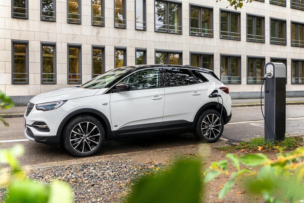 Opel Grandland X Hybrid PHEV