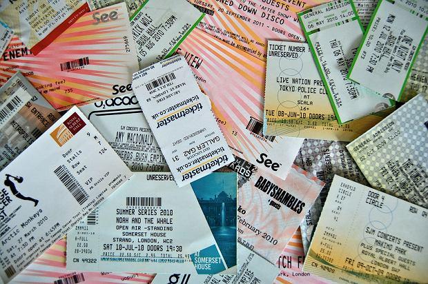 Mateusz sporo wydaje na bilety na koncerty