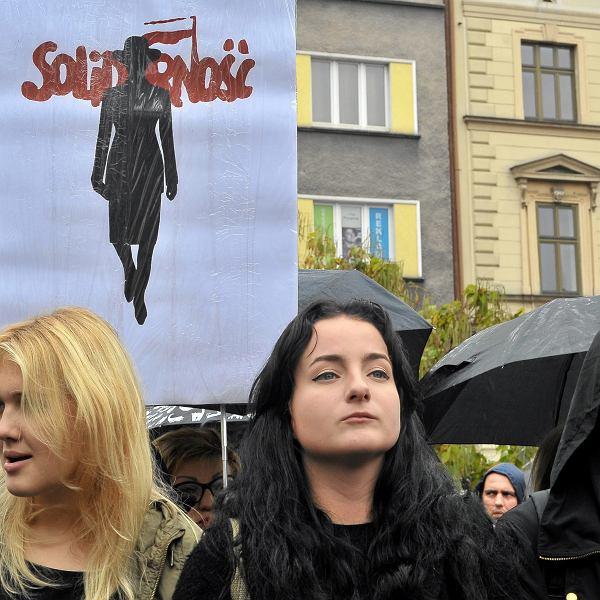 8 marca. Strajk kobiet