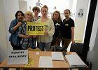 Tak licznego protestu nauczycieli nie było w stolicy od początku lat 90. Wsparcie płynie od rodziców i uczniów