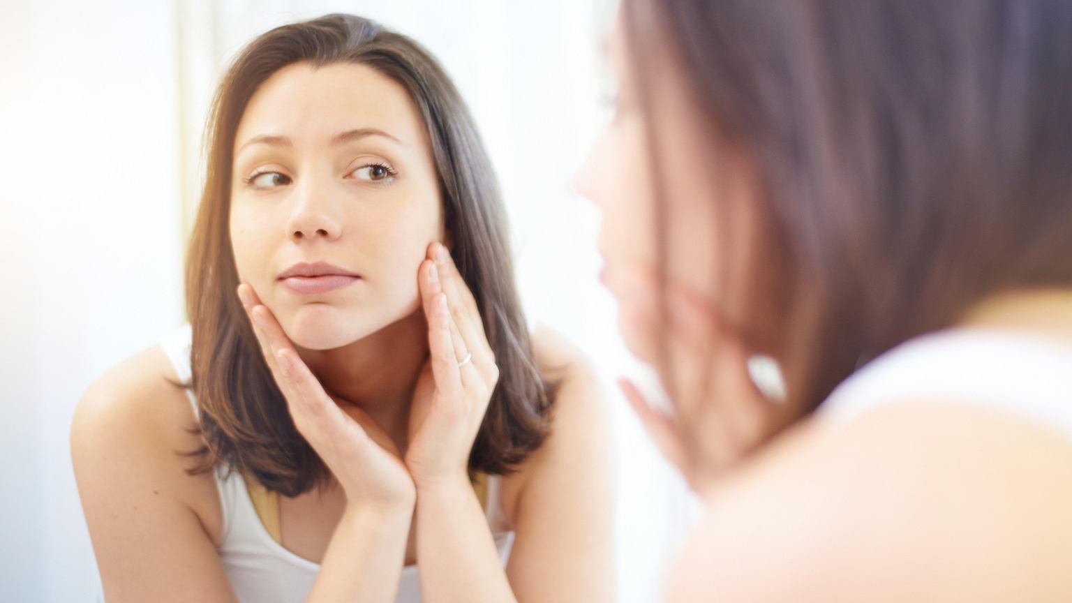 Chcesz mieć zdrową skórę? Dziennie nie powinieneś używać więcej niż pięciu kosmetyków o możliwie prostym składzie