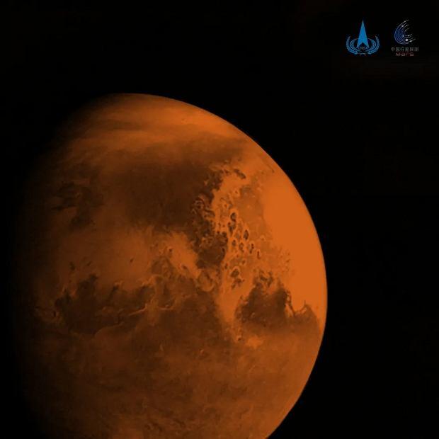 Zdjęcie Marsa z chińskiej sondy Tianwen-1