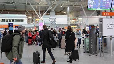 Czy w sytuacji zachorowania na koronawirusa w czasie pobytu za granicą zadziała ubezpieczenie turystyczne?