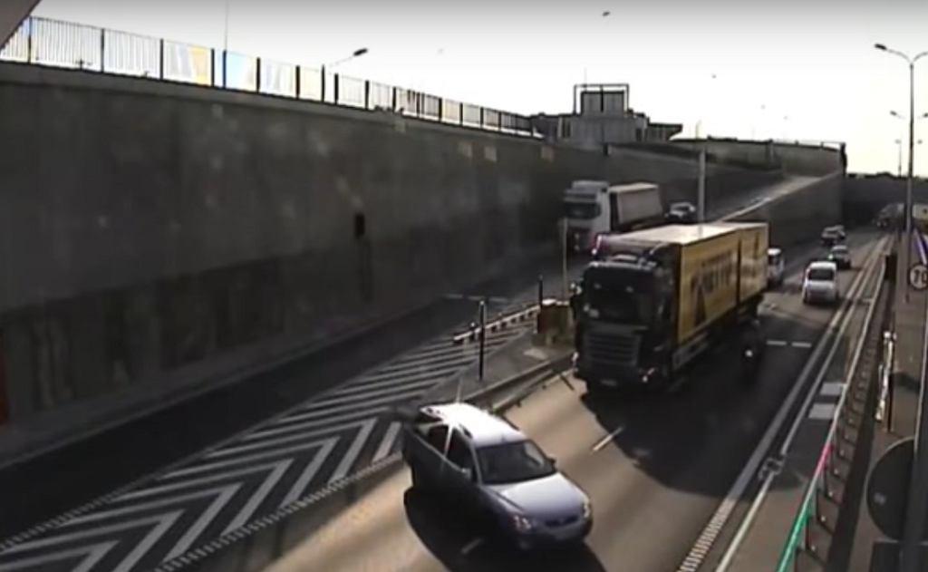 Wjazd do tunelu pod Martwą Wisłą w Gdańsku