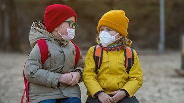 Koronawirus u dzieci. Może być bez objawów