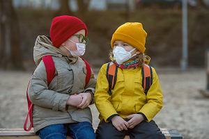 Koronawirus. Utajone objawy u dzieci. Lekarka: niebezpieczne, bo nierozpoznane ogniwo