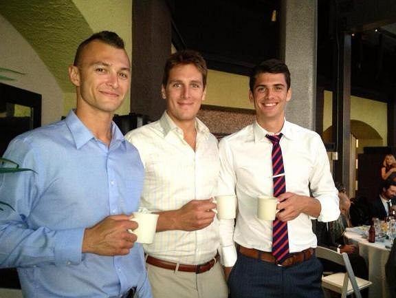 Paul Lotman, Matthew Anderson, kubeczki i zdjęcie z wesela.