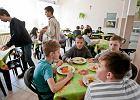 MEN zaszalał. Uczniowie mają decydować o przerwach, nie nosić ciężkich plecaków i dostawać obiady