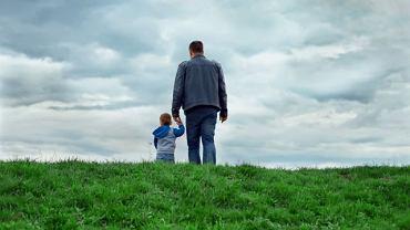 Osoby z autyzmem tworzą swój wewnętrzny, odmienny obraz świata, mają także trudności z budowaniem więzi i okazywaniem emocji