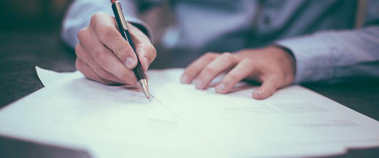 UOKiK. Deweloper ukarany za umowy, które proponował klientom. Podejrzane klauzule
