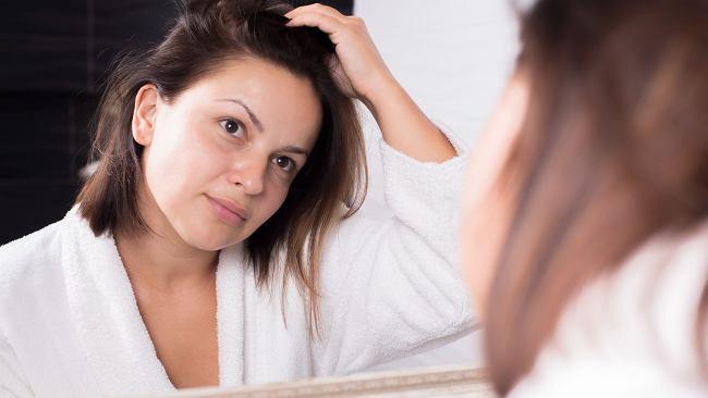 Maseczka aspirynowa. Domowy sposób na oczyszczenie porów i zniwelowanie niedoskonałości