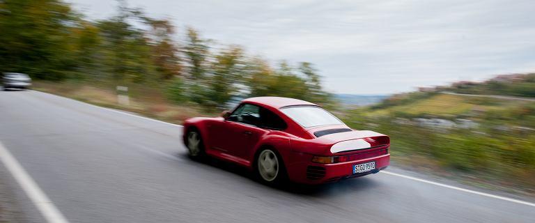 Porsche 959 Sport: eksploatowane codziennie okazuje się równie bezawaryjne i pewne, co zwyczajny model 911, a jazda nim to wycieczka do raju