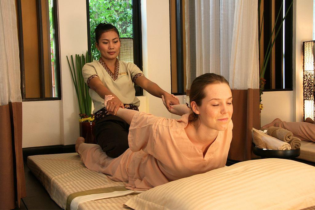 Masaż tajski - co to jest i czemu służy?